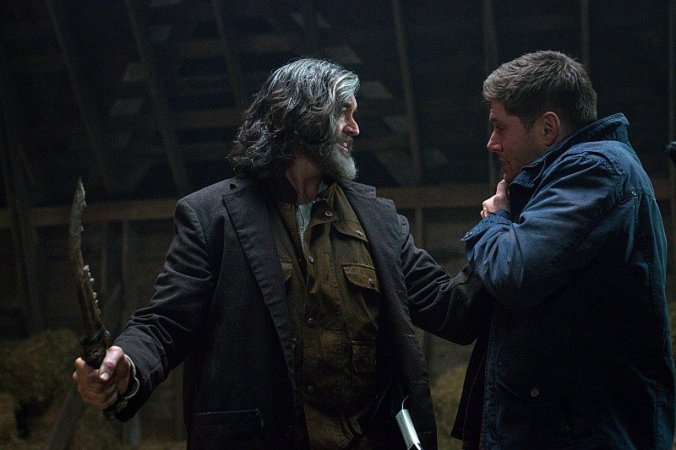© 2015 The CW Still of Timothy Omundson and Jensen Ackles in Supernatural
