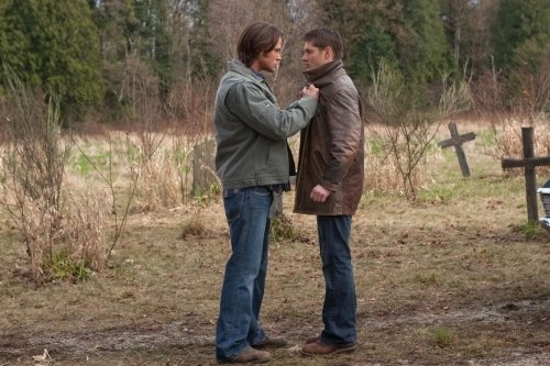 Photo by JACK ROWAND - © 2010 THE CW NETWORK, LLC. ALL RIGHTS RESERVED. Still of Jensen Ackles and Jared Padalecki in Supernatural